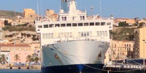 """De Luca (M5S): """"Collegamenti marittimi con le isole minori, perdiamo il contributo statale"""""""