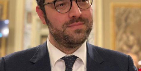 """""""Produrre cannabis terapeutica anche in Sicilia"""": mozione di De Luca (M5S) al governo regionale"""