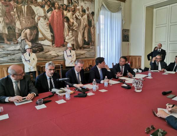 """Vertice etneo sulla Ragusa-Catania, M5S: """"Il Sud-est della Sicilia sarà veramente connesso al resto d'Italia"""""""
