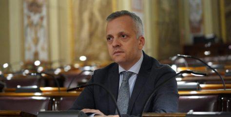 La Sicilia che si svuota: 150 mila emigrati in una generazione. M5S presenta ddl contro lo spopolamento
