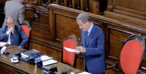 """Relazione del governo, M5S abbandona l'Aula: """"Celebrazione del nulla senza contraddittorio, Musumeci rispetti il Parlamento"""""""