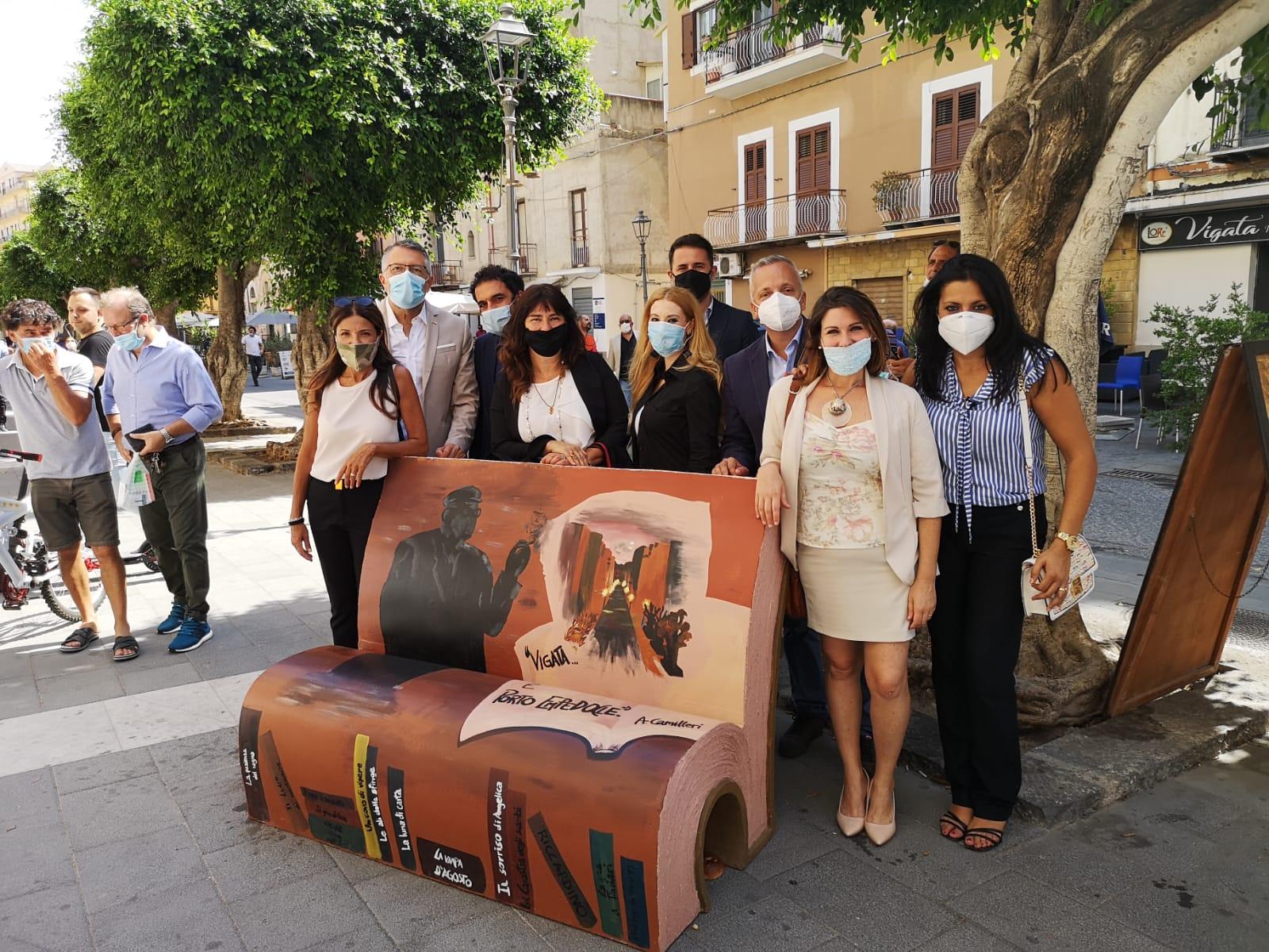 Cultura, inaugurato a Porto Empedocle il parco letterario realizzato grazie  alle donazioni M5S Sicilia - sicilia5stelle